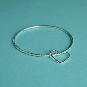 Hammered Bangle with wire heart charm