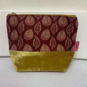 Velvet Banded Medium Cosmetic Bag - Russett Leaf